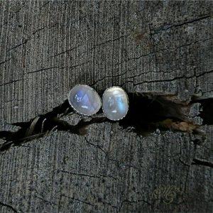 kamień księżycowy kolczyki