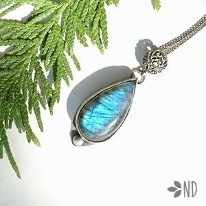 labradoryt niebieski srebro wisior
