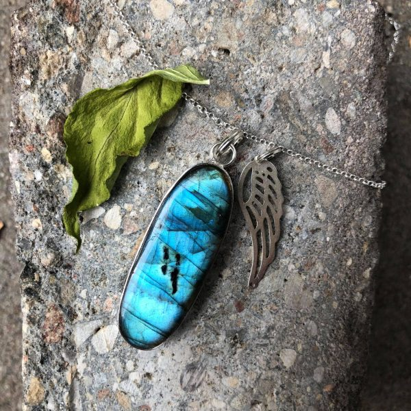 Błękitny skarb wisior z labradorytem