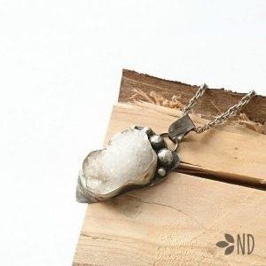 agat surowe kryształy wisior biżuteria artystyczna