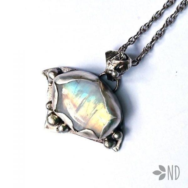 biżuteria artystyczna kamień księżycowy