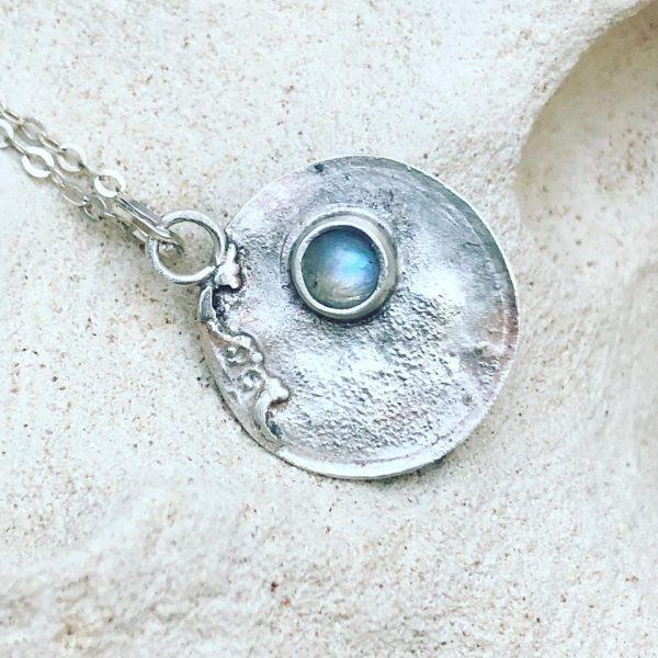 kamienie księżycowe