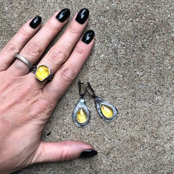 Kolczyki i pierścionek bursztyn