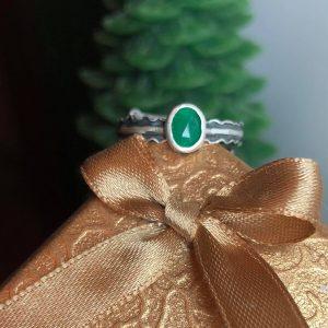 Szmaragd zielony na palec