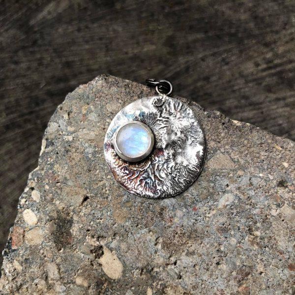 Biżuteria z kamieniem ksieżycowym srebro