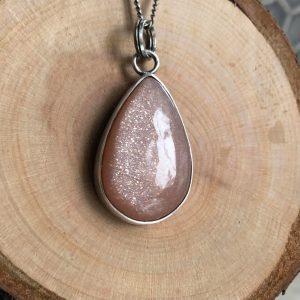 Słoneczny kamień wisior