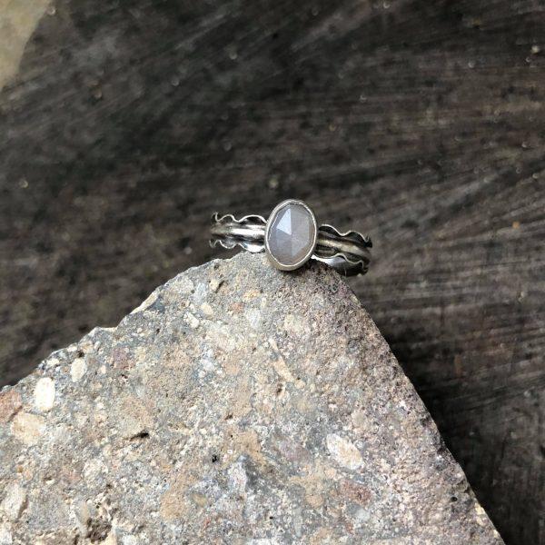 kamień księżycowy cappucino 1