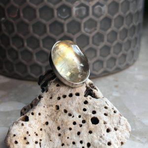 Cytryn pierścionek