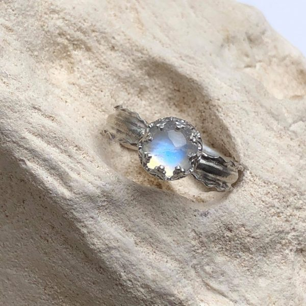 Kamień księżycowy pierścień regulowany 2