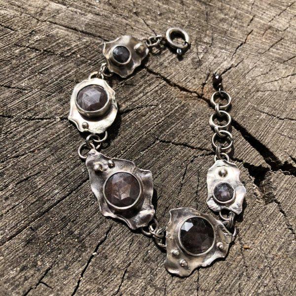 Szafiry złociste bransoleta