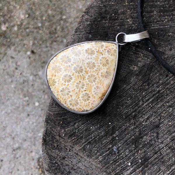 Biżuteria z koralem w srebrze 2