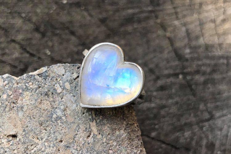 Pomysły na prezent - biżuteria artystyczna srebrna z kamieniami naturalnymi