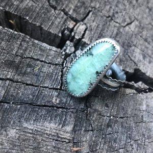 Pierścionek szmaragd fasetowany
