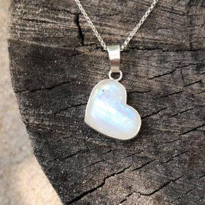 Kamień księżycowy serce wisior
